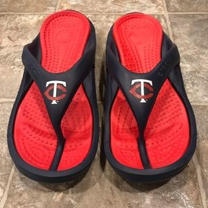 Crocs TC Twin Cities Minnesota Twins flips size 11